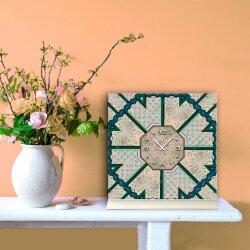 Tischuhr 30cmx30cm inkl. Alu-Ständer -antikes Design Steinfliesen-Muster geräuschloses Quarzuhrwerk -Wanduhr-Standuhr TU3958 DIXTIME